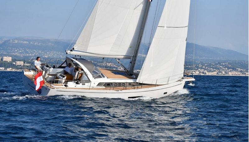 Sunbeam 46.1 wins in the Luxury Cruiser category