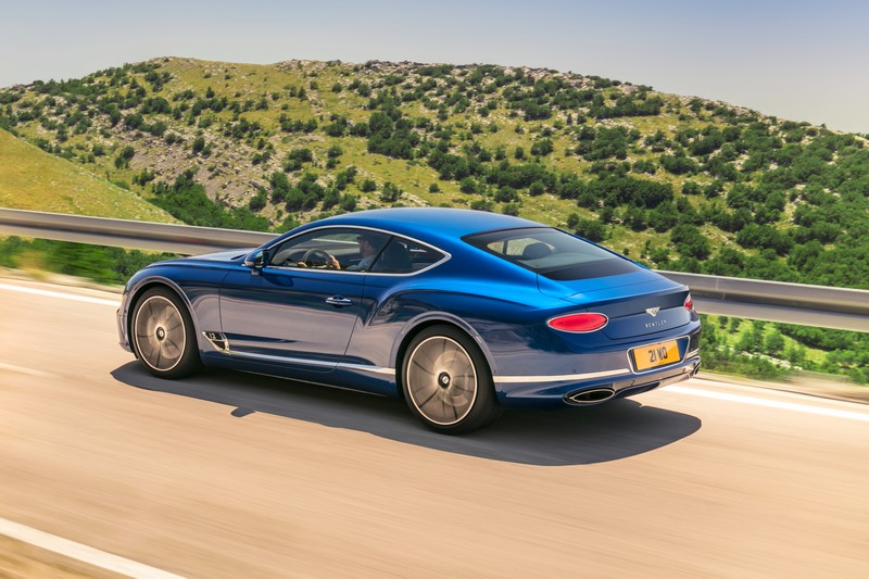 THE ALL-NEW BENTLEY CONTINENTAL GT – THE DEFINITION OF LUXURY GRAND TOURING - gallery-