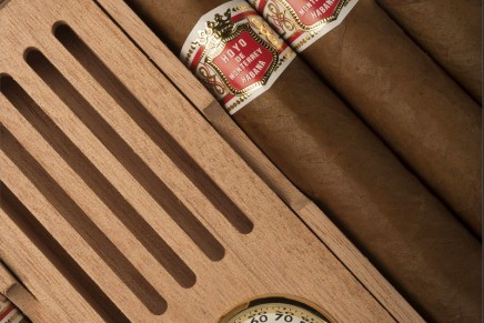This Habanos release will come inside a special travel humidor