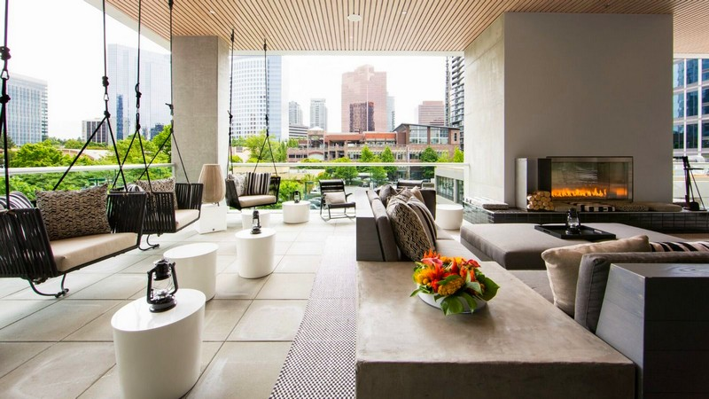 The Porch at W Bellevue