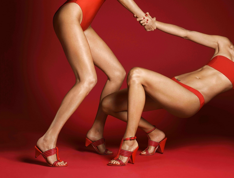 Tamara Mellon Launches Leave Him On Red Collection2018