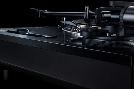 Only 1,000 units of the special edition Direct Drive Turntable System SL 1210GAE are available in the world