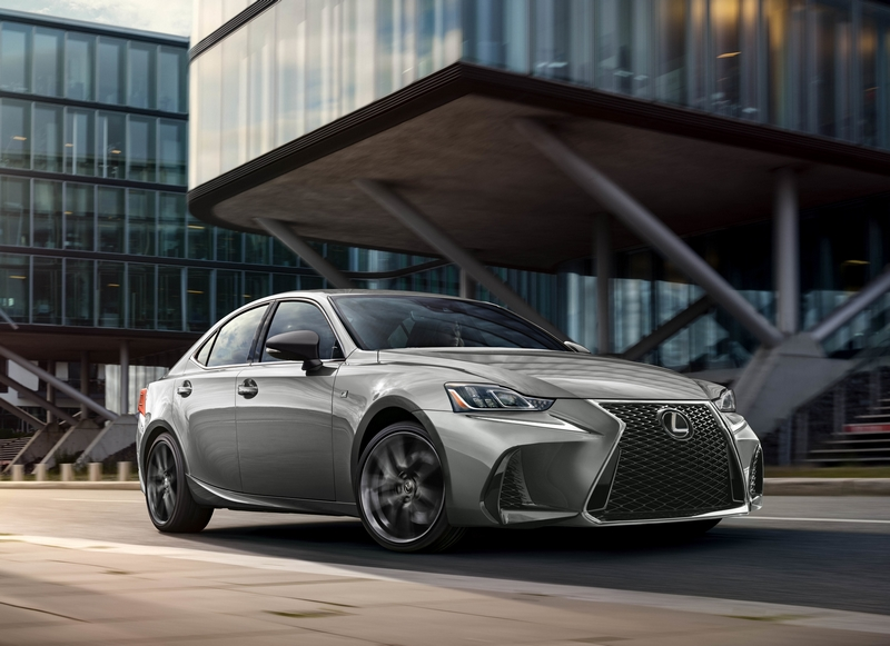 The 2019 IS 300 F SPORT Black Line Special Edition gives drivers a new way to express their style