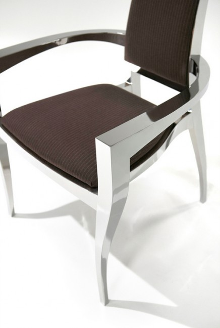 The $25,000 Maximillian Chair Limited Edition-0002