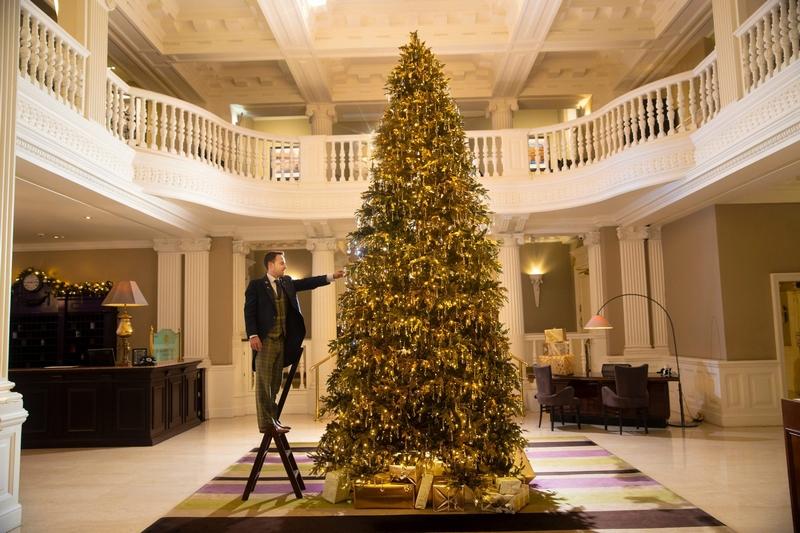 The Balmoral Hotel xf Hamilton & Inches