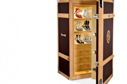 High security luxury safe focused explicitly on the needs of ladies