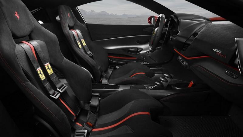 The Ferrari 488 Pista interior