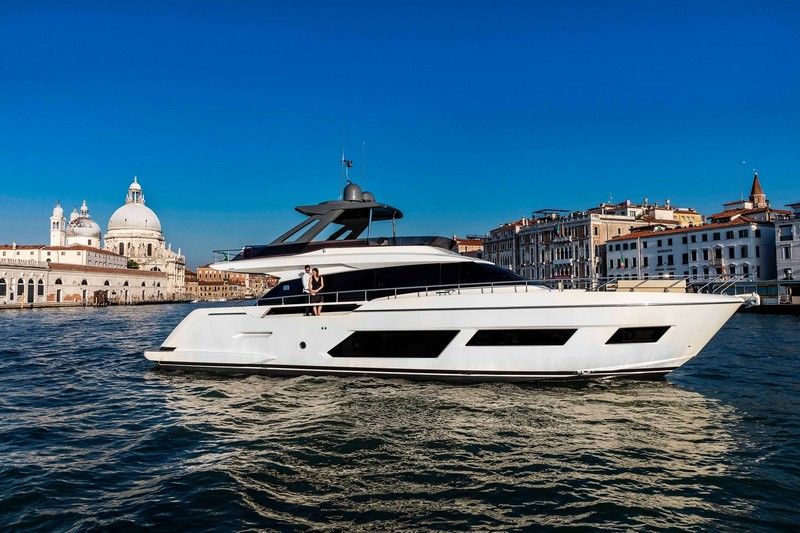The Ferretti Yachts 670 in all her glory