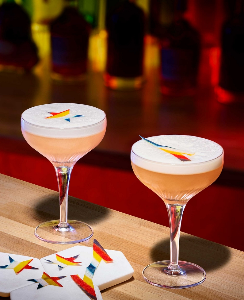 The Ginger Sour and Apricot Sour are both crafted with Hennessy V