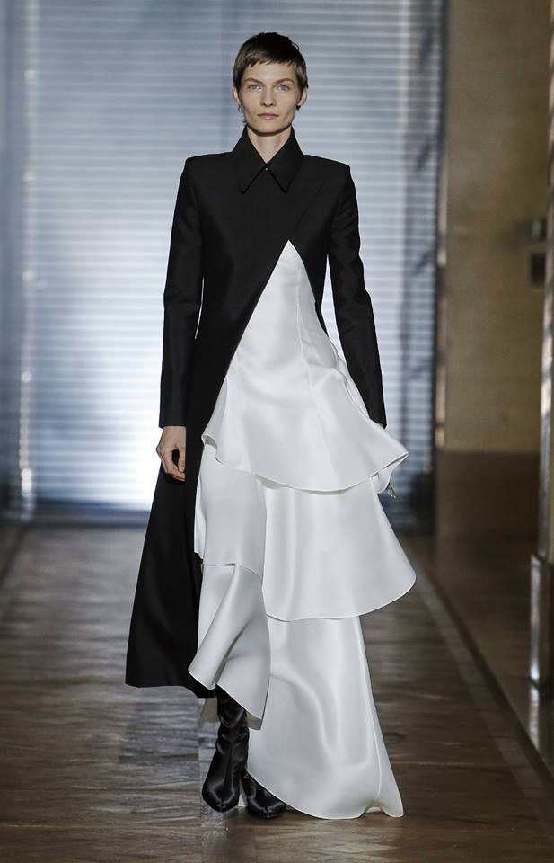 The Givenchy Haute Couture Show by Clare Waight Keller SS2018 - LLook 4 'Hadène
