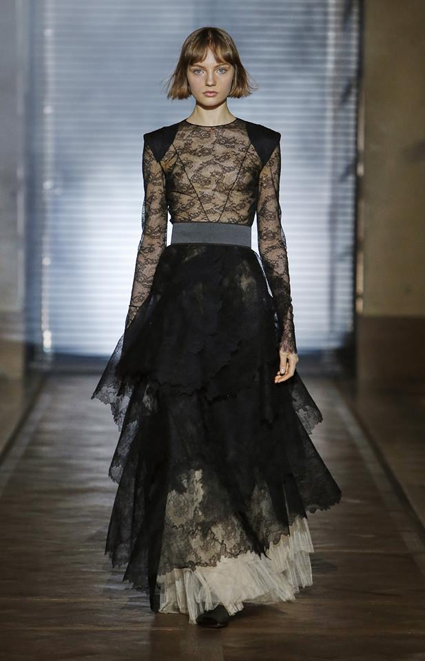 The Givenchy Haute Couture Show by Clare Waight Keller SS2018 - Look 5 Himere