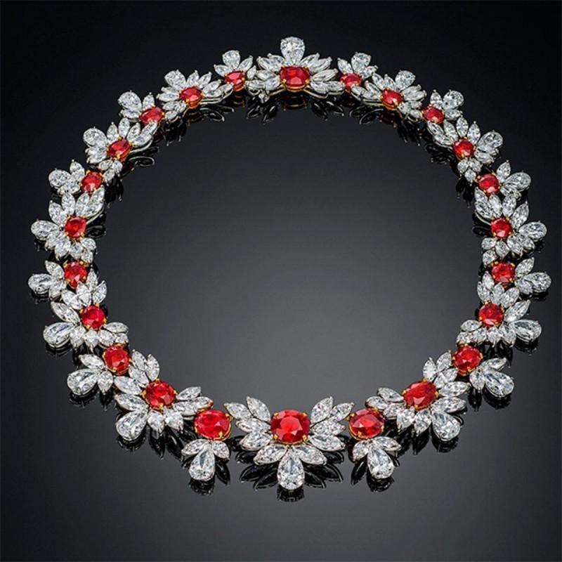 The-Grand-Phoenix-necklace 2017