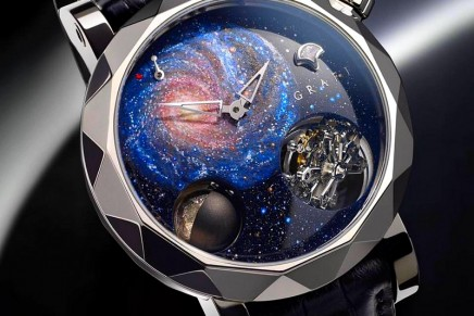 Stunning Celestial Beauty: The GyroGraff Universe proffers a unique star system upon the wrist