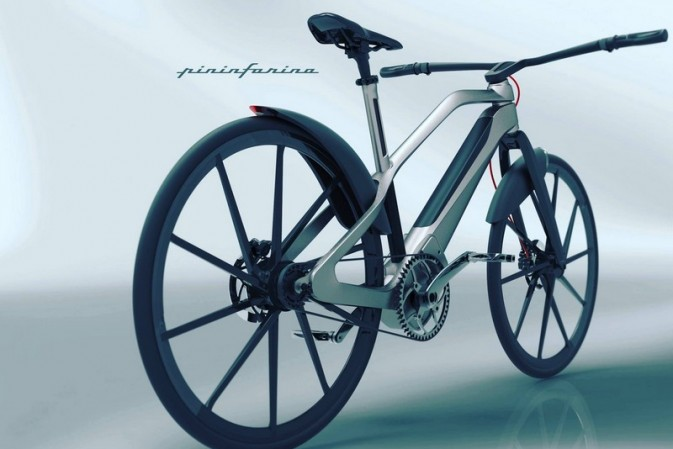 E-Voluzione, the First Electric Bike Project by Pininfarina, welcomes € 10.000 Elettronica Limited Edition