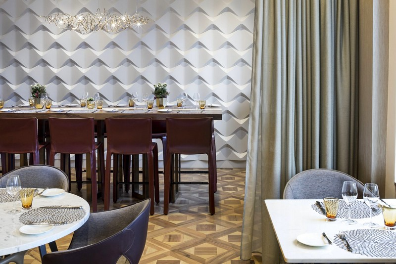 The Ritz-Carlton, Hotel de la Paix, Geneva, Restaurants
