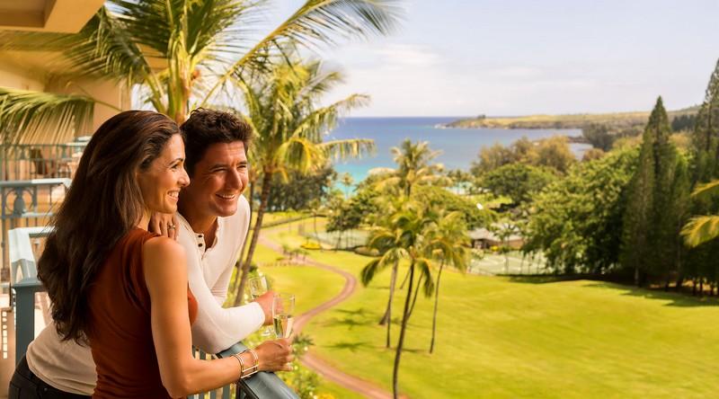 The Ritz-Carlton Residences, Kapalua - couple paradise