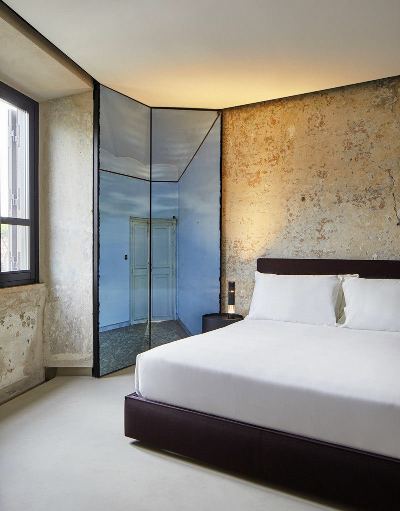 The Rooms of Rome apartment, designed by Jean Nouvel - trompe-l'oeil in window shutters