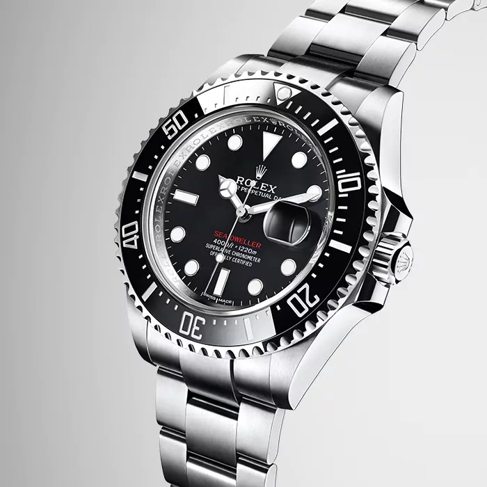 The Sea-Dweller is revisited fot its 50th anniversary in a bolder 43mm case-