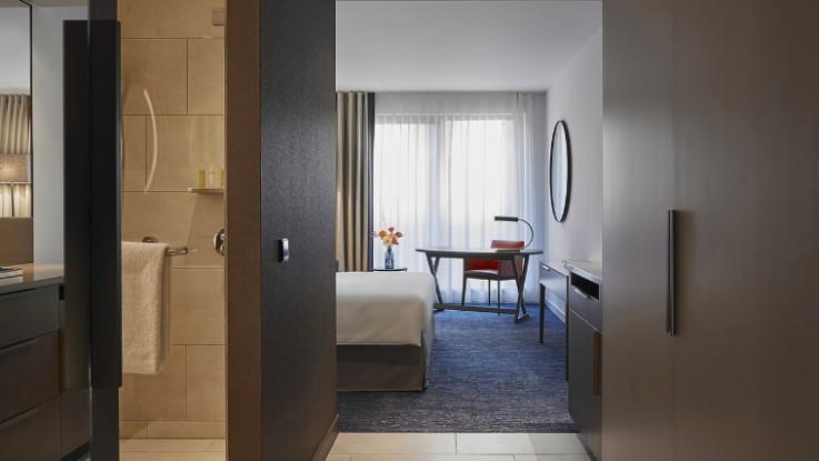 The first Hyatt Regency hotel opens in The Netherlands-room