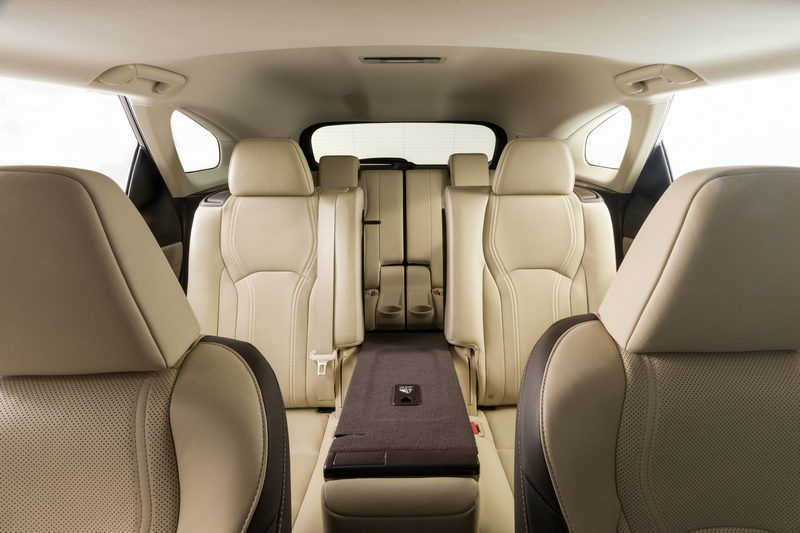 The most popular luxury utility vehicle on the market has the power of three rows