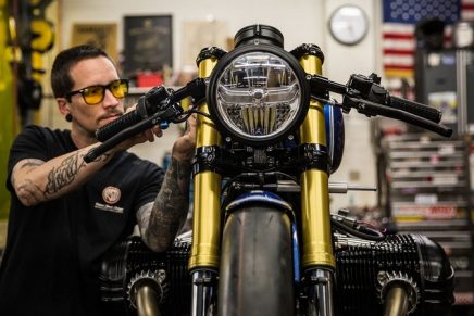 Bike designer Roland Sands stripped down the BMW R 18 to create a straight line dragster