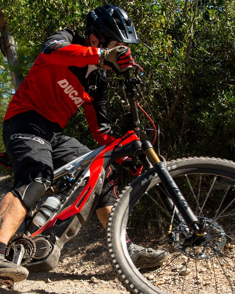 The new Ducati MIG-RR - a true high-end e-mtb-01