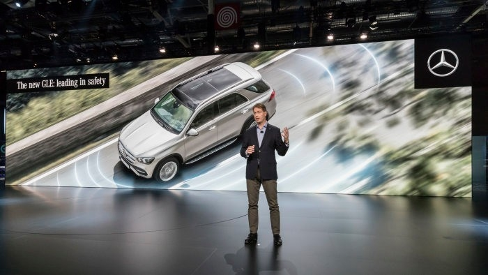 The new Mercedes-Benz GLE, presented by Ola Källenius-leading in safety