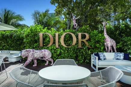 Dior café spreads Christian Dior's love for the art of entertaining