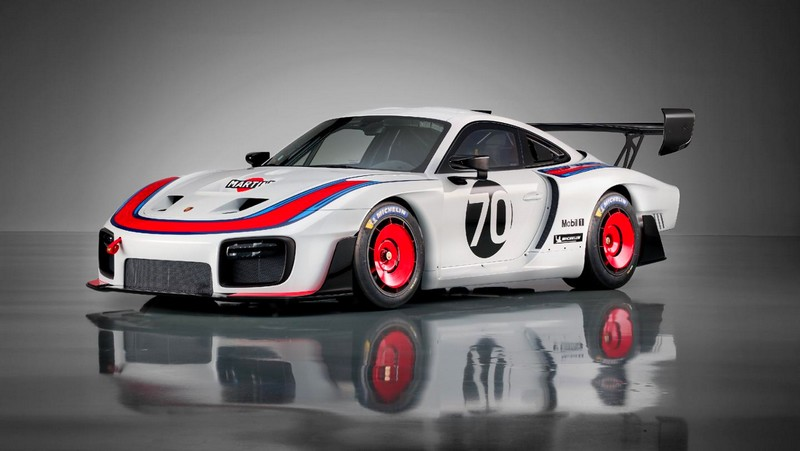 The track-only 690 HP Porsche 935 - laterla