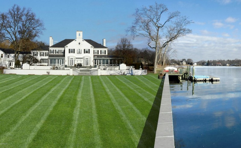 The waterfront estate on Indian Harbor in Greenwich-11