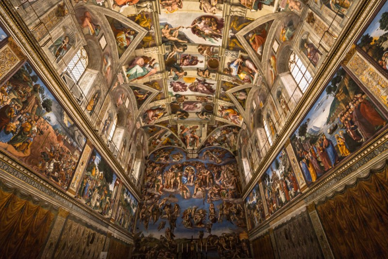 Tips for visiting the Vatican Museums the complete guide guida-musei-vaticani-cappella-sistina