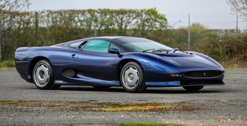 Two Jaguar XJ200's offered at Summer Jaguar Festival auction