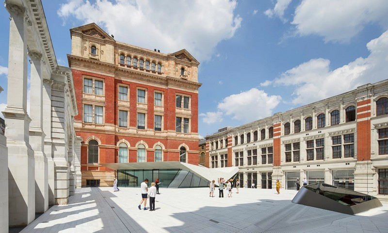 V&A's £55m new courtyard - 2017