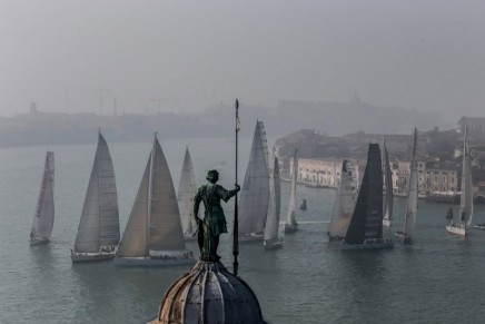 Sportiness, luxury and the most famous Venetian hotels are the references of the 2018 Venice Hospitality Challenge regatta
