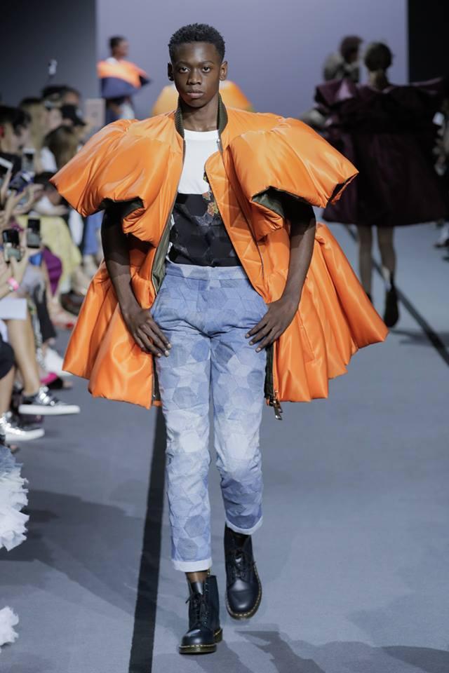 VIKTOR & ROLF Haute Couture Fall Winter 2017 Paris France-gallery-03