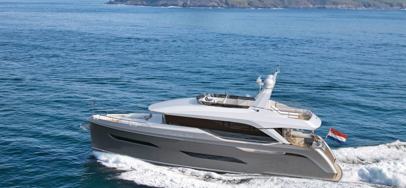 VOYAGER 61 yacht