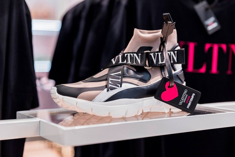 Valentino Loves Printemps 2018 - sneakers
