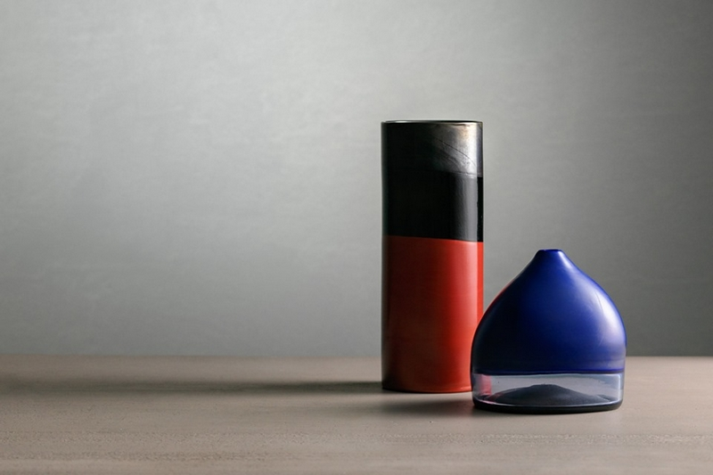Vaso cilindrico e Cappello del doge in vetro con doppio incalmo 1961-62 - Collezione Rob Beyer, Cylindrical - ph. Enrico Fiorese - Courtesy of LE STANZE DEL VETRO
