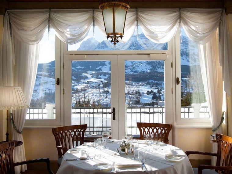 Veranda-Restaurant-Cristallo-Luxury-Collection-Resort-2017