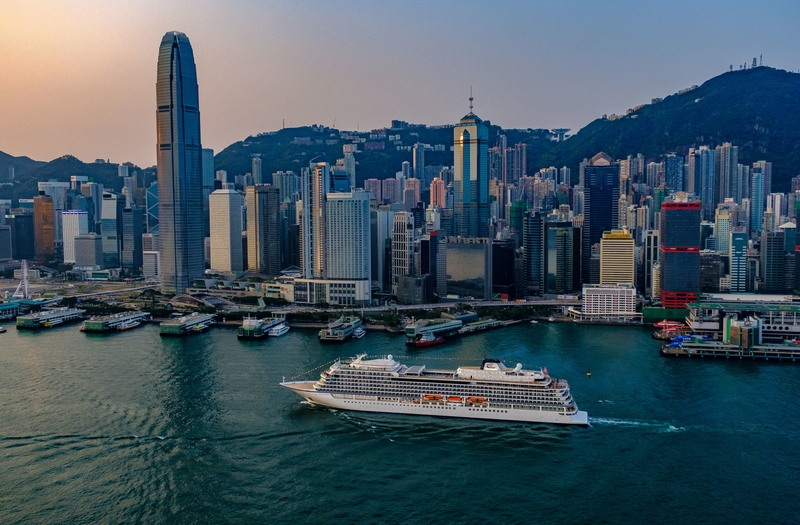 Viking Sun arrives in Hong Kong during its first-ever sold-out 2018 World Cruise