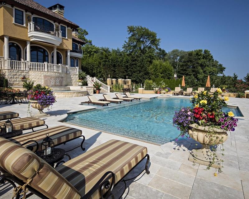 Villa Paradiso on the Navesink
