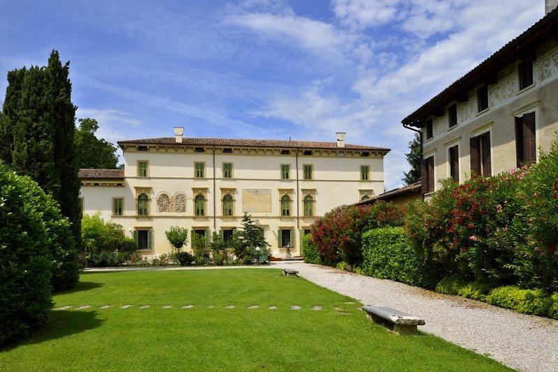 Villa del Quar Italy
