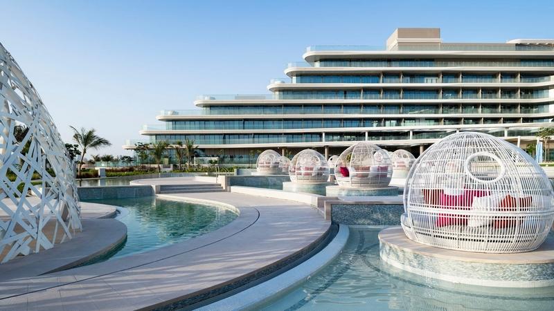 W Dubai Decor