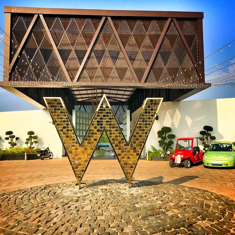 W Goa Hotel - an Exuberant Escape on the Arabian Sea-2luxury2