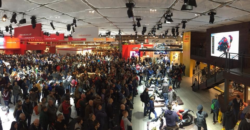Watching ValenciaGP live from Eicma forzaducati
