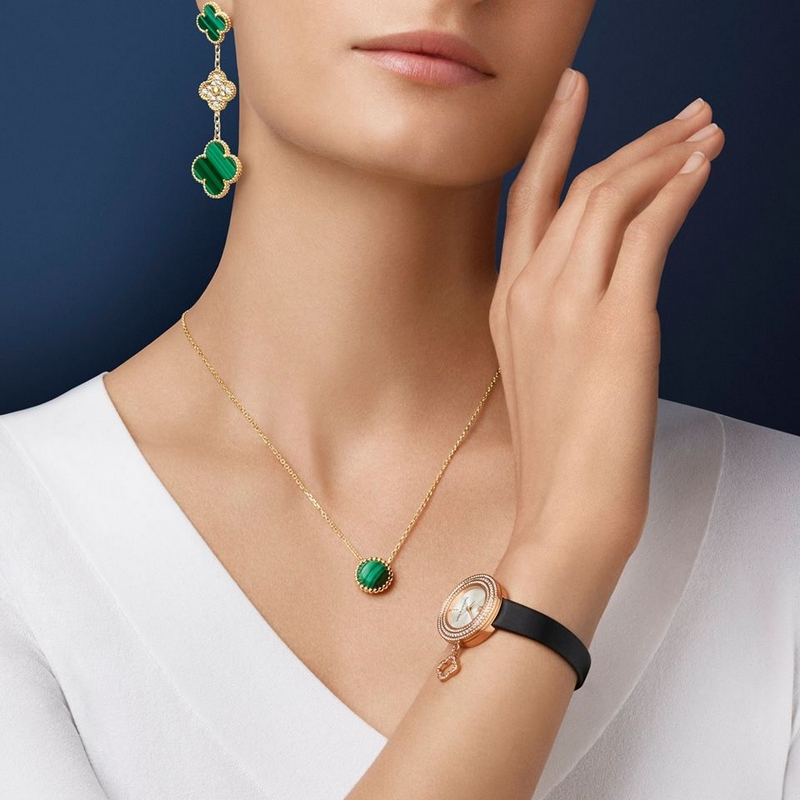 Which combination of creations from Van Cleef & Arpels' iconic collections would you choose