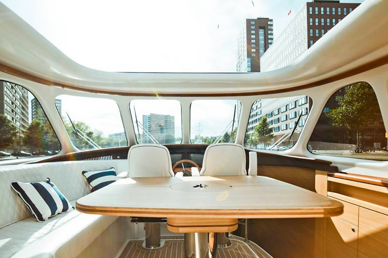 Zeelander Yachts Windows - Have a seat, take in the view.