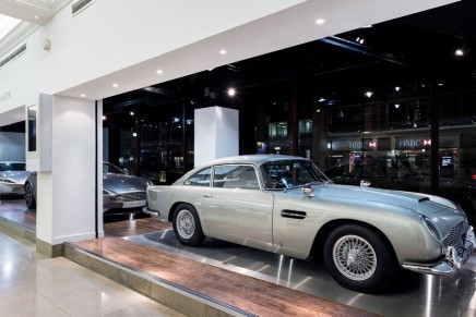 Luxury car brand takes over the Harrods storefront window in London
