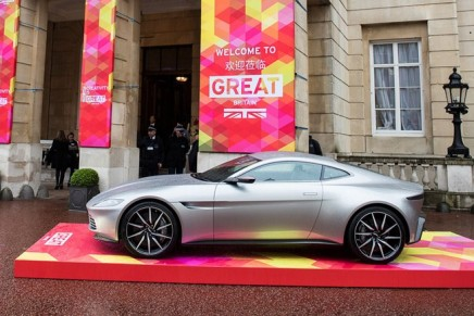 Aston Martin unveils exciting RapidE fully electric concept