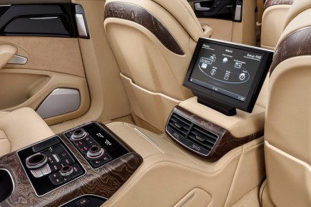 A luxury sedan in king-size format. New 6.36-metre saloon offers spacious seating for six